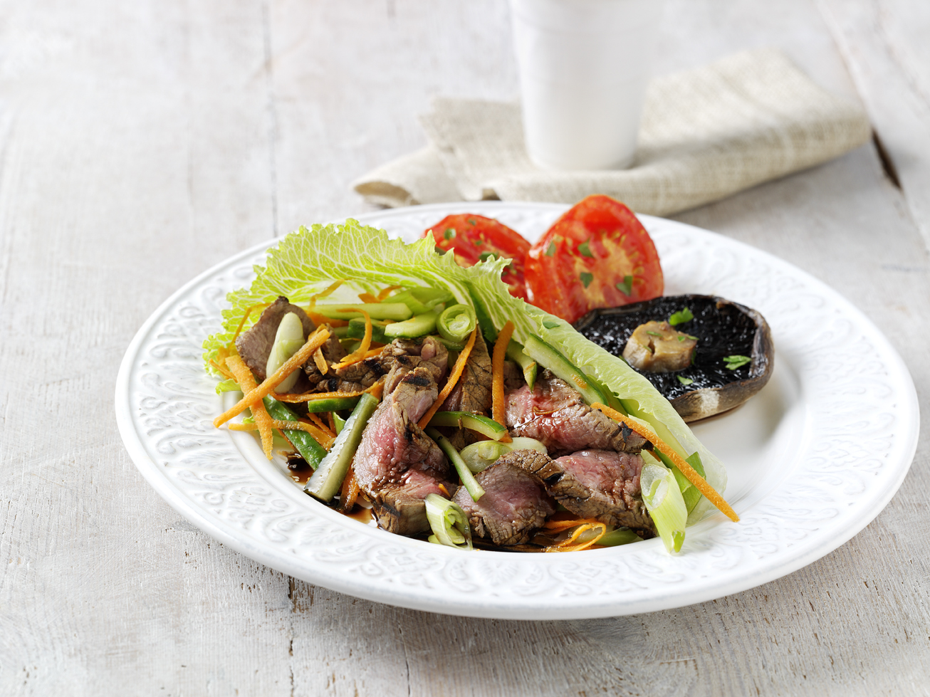 Dinner recipe: Hot beef salad