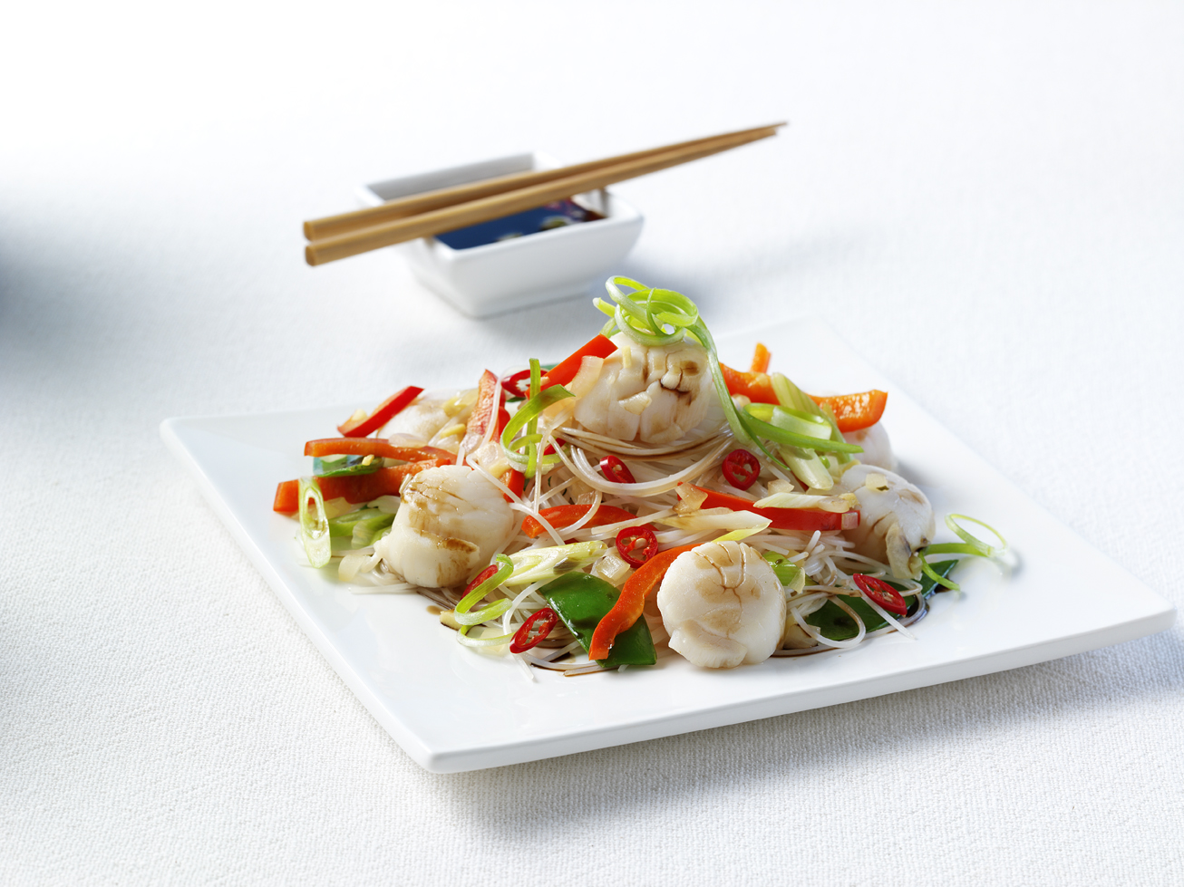 Dinner recipes: Chilli scallop and noodles